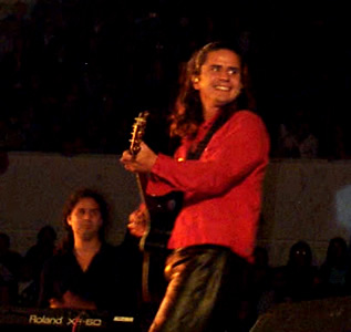 Concierto Pablo Herrera en Cuenca .- Su nombre es sinónimo de talento y calidad comprobada en la escena musical chilena.