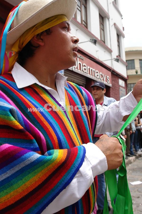 Pase del Niño Viajero 2008 .- A su retorno a Cuenca, el pueblo entusiasmado le dio a esta famosa escultura el título de