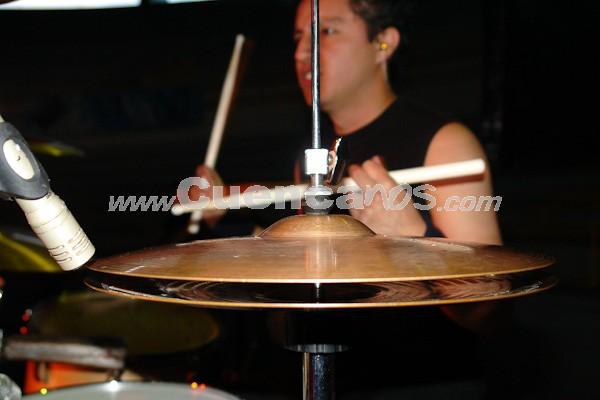Jethzabel .- Jethzabel es una agrupación de Rock cuencano integrada por: Christian Quizhpe, Henry Quizhpe, Jhoffre Mora, Patricio Mora, Boris Criollo, y Adriàn Calle