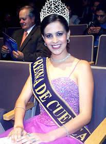 Elección Reina de Cuenca 2003 .- María Victoria Arbeláez, Reina de Cuenca 2002 2003, nació un 23 de junio de 1984