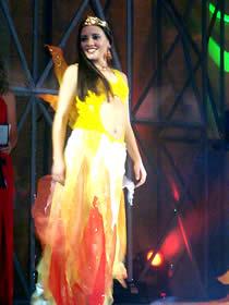 Elección Reina de Cuenca 2003 .- Angélica Espinoza Arce, 20 Años, estudiante dela Universidad del Azuay