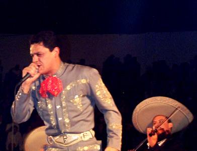 Concierto de Pedro Fernández en Cuenca .- 'Pedro Fernandez nacio un 28 de septiembre de 1969 en Guadalajara, Jalisco. bajo el signo zodiacal de Libra'