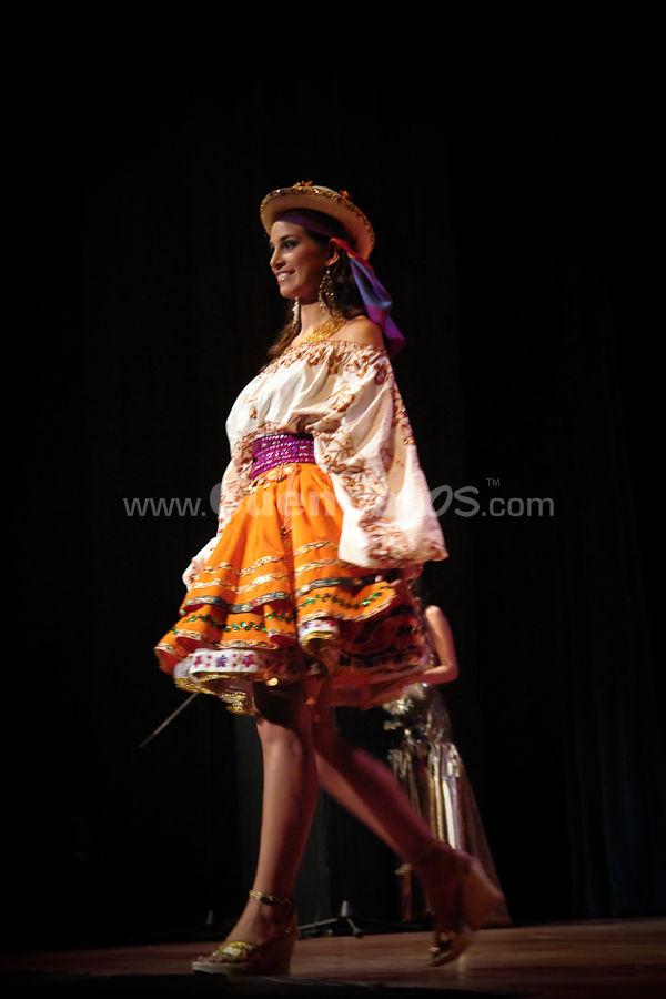Elección Traje Típico con las Candidatas a Miss Ecuador 2009 .- En los Salones del Banco Central de la ciudad de Cuenca se realizo la Elección del Traje Típico que representara a Ecuador en el Certamen Miss Universo 2009, Los elegantes trajes fueron lucidos por las hermosas Candidatas a  Miss Ecuador 2009.