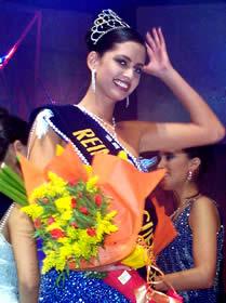 Elección Reina de Cuenca 2003 .- María Rebeca Flores Jaramillo, Reina de Cuenca 2003 2005