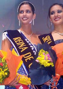 Elección Reina de Cuenca 2003 .- Rebeca Flores Reina de Cuenca, junto a Verónica Tamaríz Srta. Confraternidad