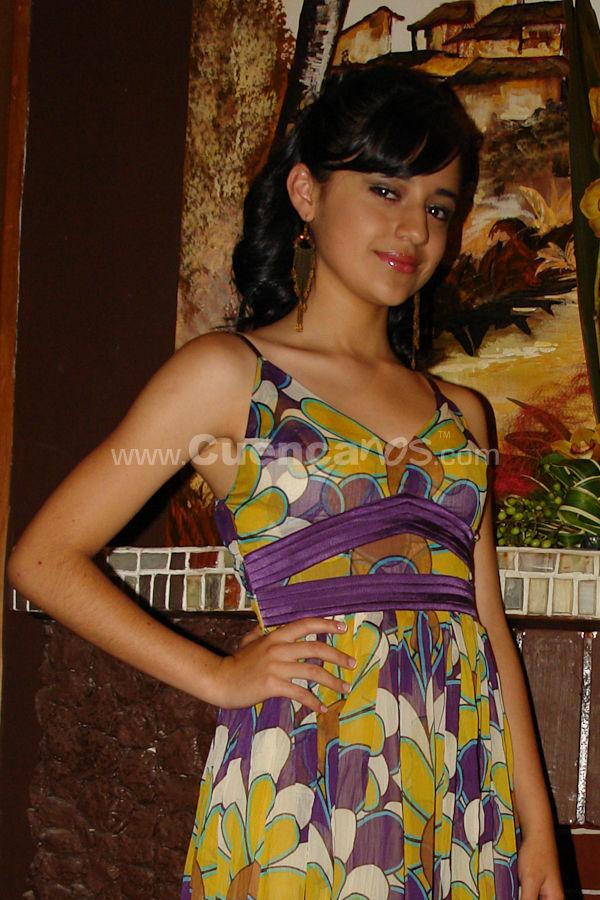 Candidatas a Morlaquita 2009 .- El martes 24 de Marzo del 2009 se realizo una sección de fotos de las candidatas a Morlaquita 2009 donde 38 hermosas candidatas posaron para las cámaras de www.Cuencanos.com.