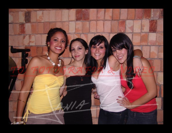 Farra en Loft por Fiestas de Cuenca 2008 .- Lorena Guzmán, Daniela Vásquez, Maritza Ruiz y Daniela Ordoñez