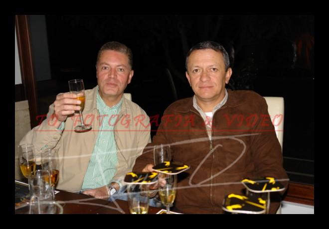 Cata de Whisky Johnnie Walker .- Luis Pozo y René Durán