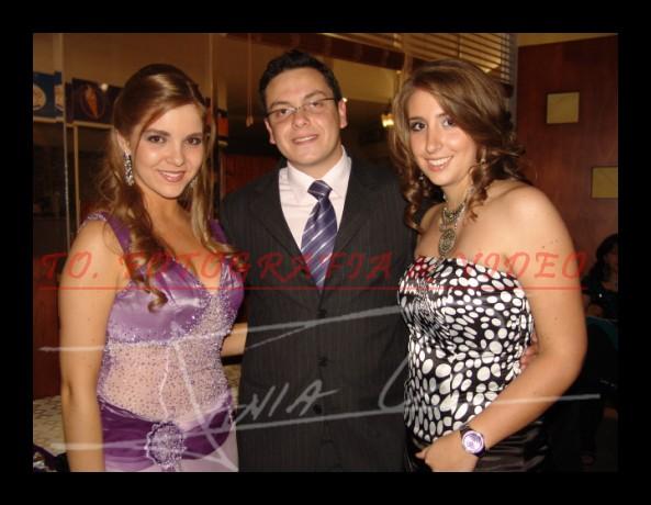 Reina de Cuenca 2007 .- Anina Crespo, Pedro Cabrera y Maria Caridad Chacon