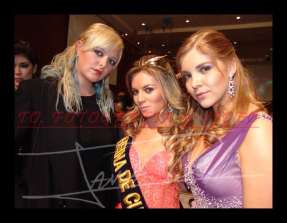 Reina de Cuenca 2007 .- Margarita Flandoli, Victoria Jervis y Anina Crespo