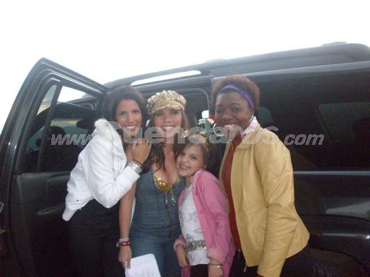 Michelle Cordero .- Michelle junto a las ex-Kiruba