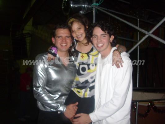 Michelle Cordero .- Michelle junto a Jesus y Christian Pesantez