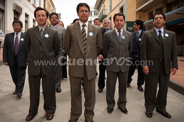 Colegio Bilingüe Interamericano 50 Años .- En las Principales Calles de nuestra ciudad desfilaron Ex profesores y Ex alumnos del Colegio Bilingüe Interamericana que cumplió sus Bodas de Oro desde 1959 al 2009.