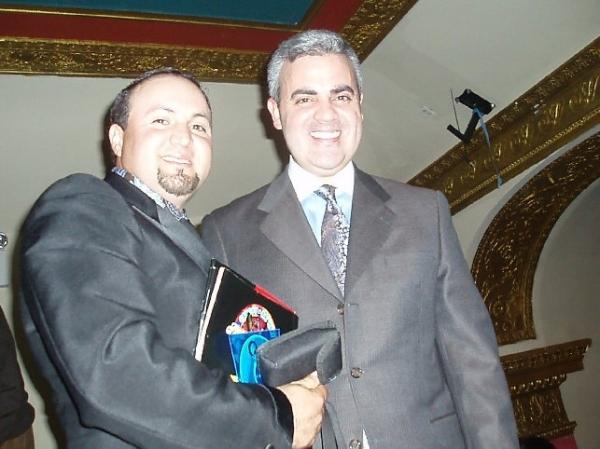 Tyrone Vintimilla y el Sr.Ramoz del Noticiero Univicion .- Farandula