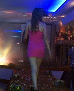 L Chic Model .- La noche del viernes 4 de junio se llevó a cabo en el Hotel Crepo, el desfile de modas por los 16 años de la agencia de modelos L' Chic Model. El evento contó con música, luces y 60 modelos en escena.