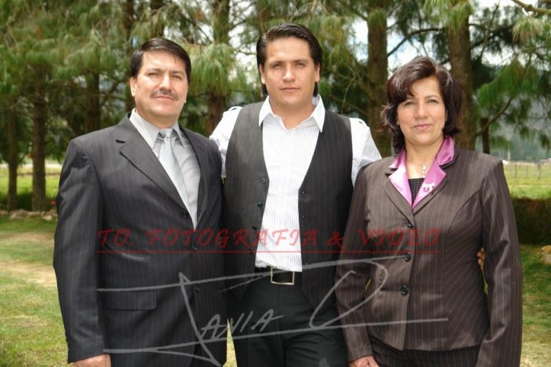 Boda de Maria Ines Galindo y Pedro Dominguez .- Edgar Galindo, Edgar Galindo Rodrìguez, Marìa Antonieta Rodrìguez.