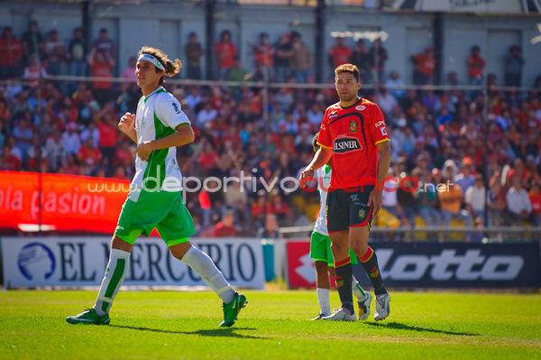 Deportivo Cuenca vs Liga de Portoviejo 23 de Septiembre del 2009 .- En la ciudad de Cuenca en el Estadio Alejandro Serrano Aguilar se llevo a cabo el partido entre el Club Deportivo Cuenca y el conjunto porteño de liga de Portoviejo donde el equipo morlaco gano por 2 tantos a 1.