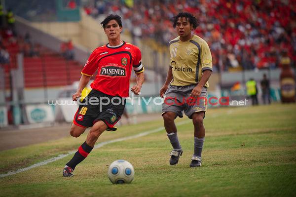 Deportivo Cuenca vs Liga de Quito 3 de Octubre del 2009 .- En el estadio Alejandro Serrano Aguilar de la ciudad de Cuenca se realizo el partido entre el equipo Rojo y Liga Universitaria de Quito donde el Club Deportivo Cuenca supero a su equipo contrario por 2 goles a 0.