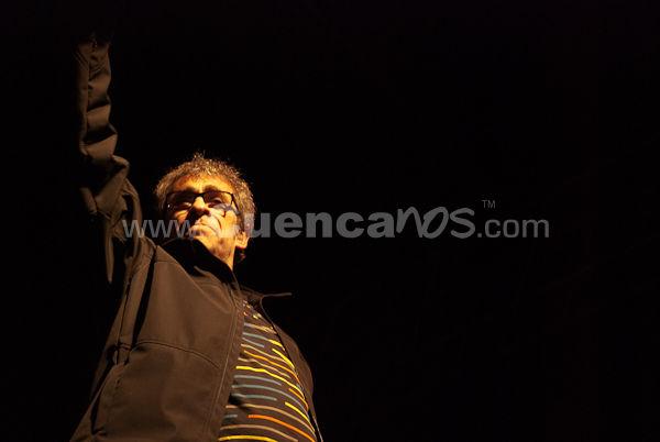 Auténticos Decadentes .- Los Auténticos Decadentes es un grupo musical argentino formado en el año 1986 por Cucho, Nito y el Francés. Su estilo es una mezcla entre diferentes ritmos, que van desde el rock cumbiancha y llegan a la Balada o el Bolero inclusive, formando así un sonido único. El concierto que nos dieron en Racho Grande hizo bailar a cientos de Cuencanos en Rancho Grande.