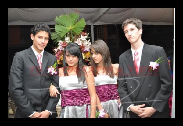 15 años Betsy Portilla .- Mateo Marmolejo, Mònica Jaramillo, Marisol Torres, Xavier Neira.