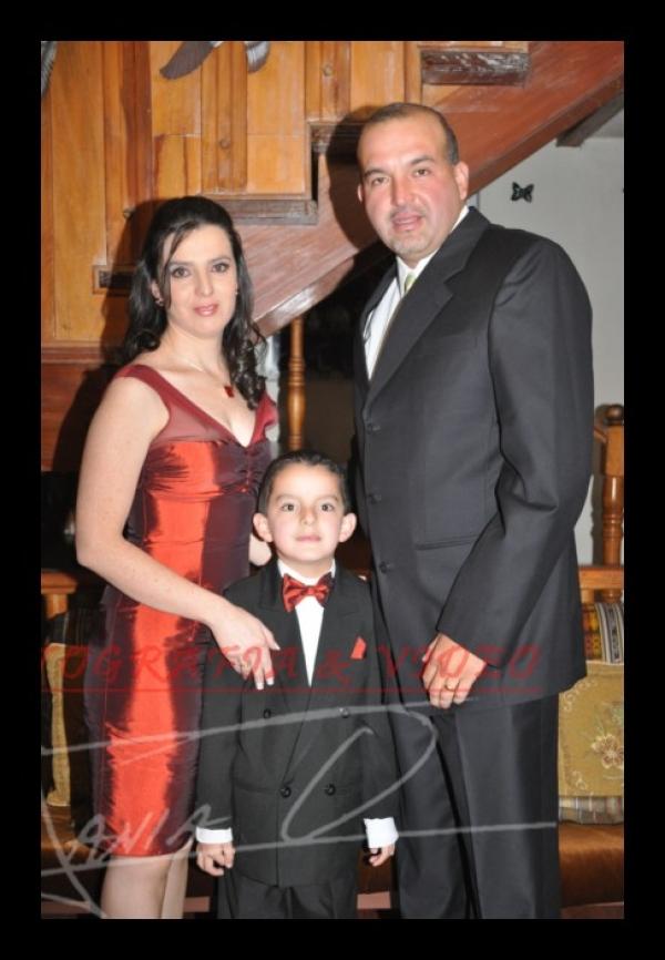 Boda Adriàn Marìn, Andrea Feijoo .- Los novios celebraron su boda en Jardines de San Joaquin.