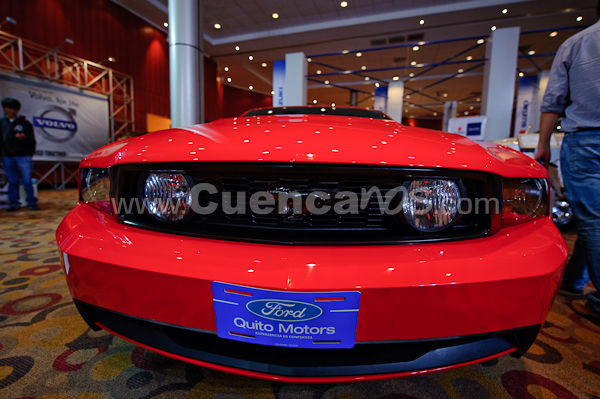 Expoauto 2010 .- En los salones del centro de exposiciones del rio se realizo la feria Expoauto 2010, www.Cuencanos.com estuvo presento tomando fotografías a los vehículos y hermosas modelos que acompañaban a los vehículos.