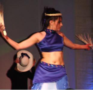 Elección Reina del Azuay 2004 .- Karina Fernández representante del cantón Cuenca