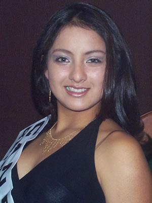 Presentación de las Candidatas a Reina del Azuay .- Gladys Matute representante del cantón Sevilla de Oro