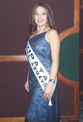 Presentación de las Candidatas a Reina del Azuay .- Brígida Urvina es estudiante de Primer Año de Comunicación Social en la Universidad Católica de Cuenca, le gusta leer revistas, y hacer deporte.