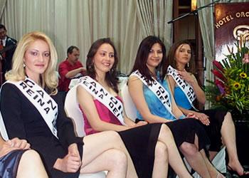 Presentación de las Candidatas a Reina del Azuay .- Jéssica Ortiz, Ruth Andrade, Karina Fernández y Adriana Zúñiga