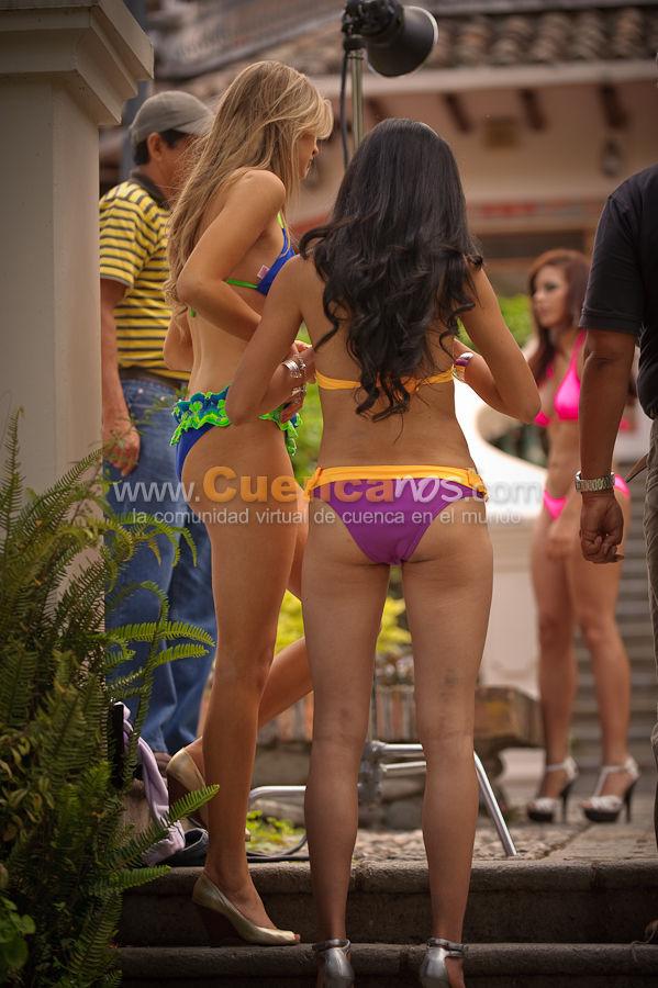 Sesión de Fotos a las Candidatas a Miss Ecuador 2010 .- www.Cuencanos.com fue invitado por GAMA Tv para realizar una sesión fotográfica EXCLUSICA en la hostería Huertos Huzhupud en Paute, donde Enrique Rodas fotografío a cada una de las 16 candidatas en los diferentes escenarios que este hermoso lugar del austro permitía.
