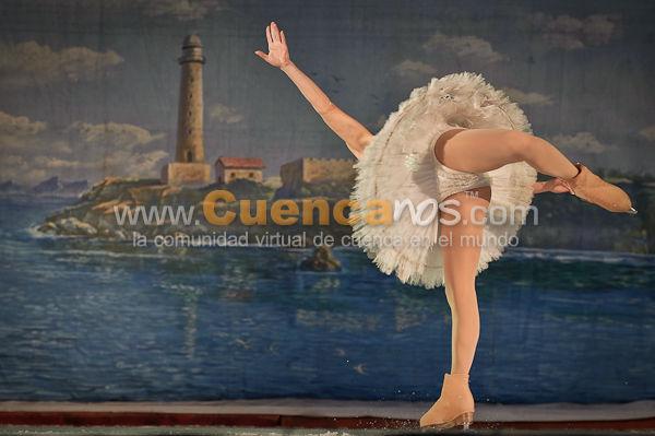Ballet Clásico de Moscú Sobre Hielo .- 25 Campeones Olímpicos de Patinaje Artístico sobre Hielo dieron un show magnifico donde interpretaron El Lago de los Cisnes y La Cenicienta.