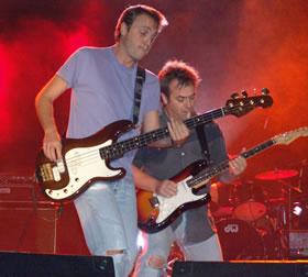 Concierto de Hombres G en Cuenca .- El público cuencano disfrutó de un espectáculo de calidad y coreó durante todo el show, los temas interpretados por los Hombres G