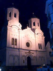 Iglesia de San Sebastián .- La Iglesia está ubicada en las calles Bolívar y Coronel Talbot.  El interior de la iglesia está dividido en tres naves, mediante pilares de madera. La iglesia se encuentra abierta los días domingos.