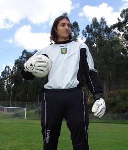 Celebración del Título de Campeón 2004 .- El argentino Xavier Klimowicz arquero del Club durante la temporada 2004