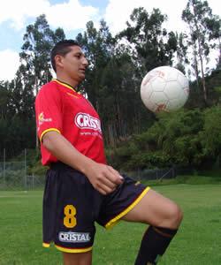 Celebración del Título de Campeón 2004 .- Jonny Pérez Rivera defensa del Club durante la temporada 2004