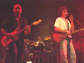 Concierto de Tercer Mundo en Cuenca 2005 .- Los hermanos Jácome han mantenido Tercer Mundo y con sus composiciones han logrado sonar en todas las radios del país