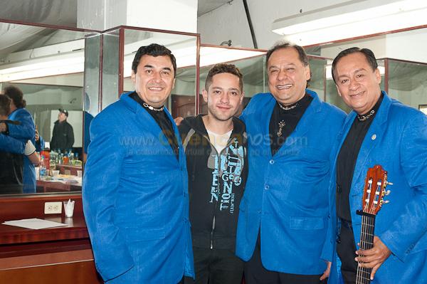 Los Panchos .- El famoso trio Los Panchos visito nuestra ciudad y delito a todo el publico presente en el estadio Alejandro Aguilar, sus boleros mas aplaudidos fueron La Mucura y La Barca.