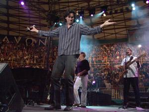 Concierto Franco de Vita en Cuenca .- Danilo Parra tiene varias facetas dentro del mundo musical, aparte de interpretar varios instrumentos (piano, bajo, guitarra, batería, percusión latina, etc.) es arreglista y compositor