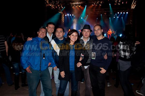 Miranda .- El Grupo Argentino Miranda visito nuestra ciudad. Miranda! se formó el 27 de julio de 2001 y por el cantante Alejandro Sergi, la cantante Juliana Gattas, el guitarrista Leandro Fuentes (Lolo) y el programador Bruno de Vincenti. La banda debutó en los escenarios bailando topless en julio de 2001.
