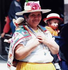 Pase del Niño Viajero .- Esta manifestación de la religiosidad popular tiene una extraordinaria riqueza de simbolismos sagrados y sociales en los que se conjugan tradiciones indígenas y urbanas.