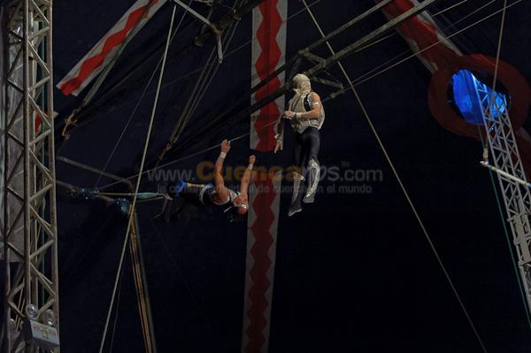 Circo de Kiko .- Carlos Villagra mas conocido como Kiko nos visito con su circo, aqui algunas de las escenas de su espectaculo.