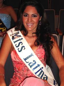 Elección de la Reina del Azuay 2005 .- Este evento contó con la Presencia de Miss Latina