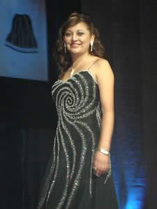 Elección de la Reina del Azuay 2005 .- Angelita del Pilar Romero, representa al Cantón San Fernando, tiene 20 años mide 1.62 m. Cabello castaño, ojos cafés, le gusta Escuchar música, leer, jugar Indor. Se describe como una persona hiperactiva, romántica y sentimental.