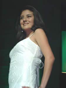 Elección de la Reina del Azuay 2005 .- Anita Cecilia Samaniego, representante del Cantón Chordeleg, 1.61 de estatura, tiene 17 años, ojos cafés, cabello castaño, le gusta leer, escuchar música y hacer deporte.