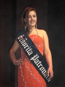 Elección de la Reina del Azuay 2005 .- La designación de Señorita Patronato recayó sobre Mariela Cárdenas representante de Sevilla de Oro