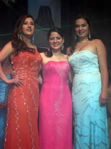 Elección de la Reina del Azuay 2005 .- Las Tres Finalistas del Certamen Mariela Cárdenas, Valeria Orellana y Verónica Iñiguez