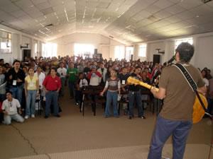 Congreso Conquistadores con Alex Campos en Cuenca .-