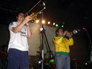 Congreso Conquistadores con Alex Campos en Cuenca .- Wiston Caicedo, Trombonista y Guillermo Rivas, Trompetista integrantes de Misión Vida