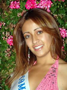 Elección de la Reina del Azuay 2005 .- María José Carrasco, representante del Comando Provincial de la Policía No. 6.